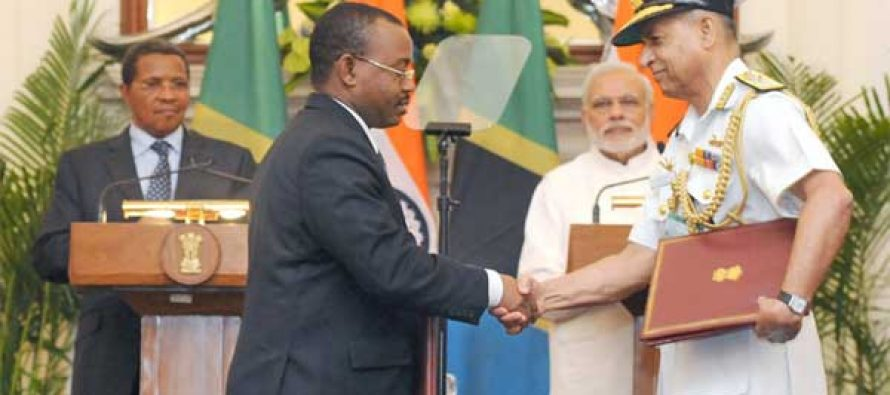 The Prime Minister, Narendra Modi and the President of the United Republic of Tanzania, Jakaya Kikwete at the Signing Ceremony