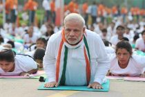 Yoga helps 'confidently negotiate challenges' : PM Modi