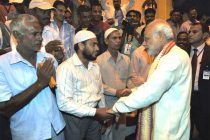 The Prime Minister, Narendra Modi interacting with the Indian workers at the ICAD residential city, in Abu Dhabi, UAE on August 16, 2015.