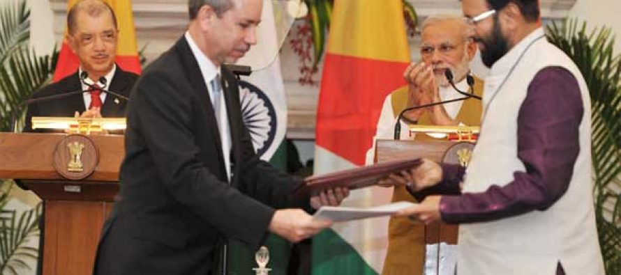 India to gift Seychelles coastguard boat, second Dornier: Modi