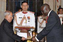 Ambassador-designate of the Republic of Mali, Niankoro Yeah Smake presenting his Credentials to the President, Pranab Mukherjee