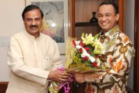 The Minister of Education and Culture of the Republic of Indonesia, Anies Rasyid Baswedan meeting the MoS for Culture (IC), Tourism (IC) and Civil Aviation, Dr. Mahesh Sharma