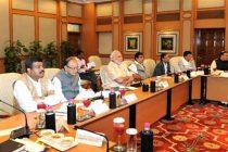 Modi discusses global economic turmoil with industry, economists