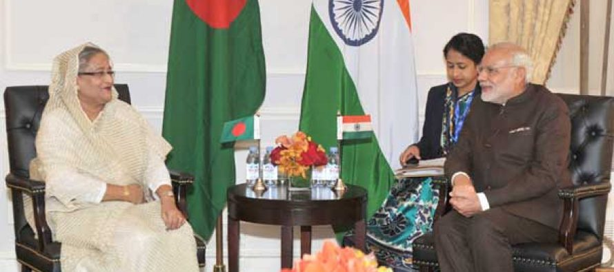 Prime Minister, Narendra Modi meeting the Prime Minister of Bangladesh, Sheikh Hasina, at New York on September 24, 2015.