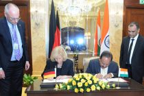 Minister for Science & Technology and Earth Sciences, Dr. Harsh Vardhan and the German Federal Minister for Education and Research,  Johanna Wanka