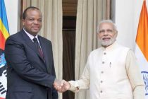 Prime Minister, Narendra Modi meeting the King Mswati III of Swaziland, during the 3rd India Africa Forum Summit