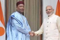 Prime Minister, Narendra Modi meeting the President of Niger, Mahamadou Issoufou,