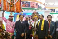MoS for Culture (IC), Tourism (IC) and Civil Aviation, Dr. Mahesh Sharma with the Indian delegation at the China International Tourism Mart