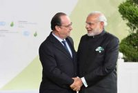 Prime Minister, Narendra Modi being received by the President of France, Francois Hollande