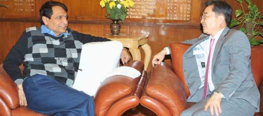Ambassador of the Republic of Korea to India, CHO Hyun meeting the Union Minister for Railways, Suresh Prabhakar Prabhu