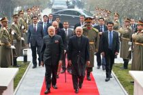 President of Afghanistan, Dr. Ashraf Ghani welcomes the Prime Minister, Narendra Modi, at President House, at Kabul