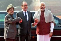 President of France, Francois Hollande being received by the President, Pranab Mukherjee and the Prime Minister