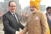 Prime Minister, Narendra Modi and the Chief Guest of Republic Day, President of France, Francois Hollande at Rajpath