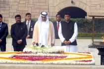 Prime Minister, Shri Narendra Modi receiving the Crown Prince of Abu Dhabi paying homage at the Samadhi of Mahatma Gandhi