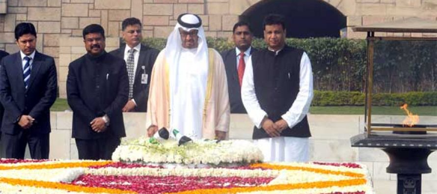 Prime Minister, Shri Narendra Modi receiving the Crown Prince of Abu Dhabi paying homage at the Samadhi of Mahatma Gandhi