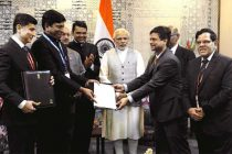 Prime Minister, Narendra Modi witnessing the exchange of MoUs, on the sidelines of the inauguration of Make in India Centre