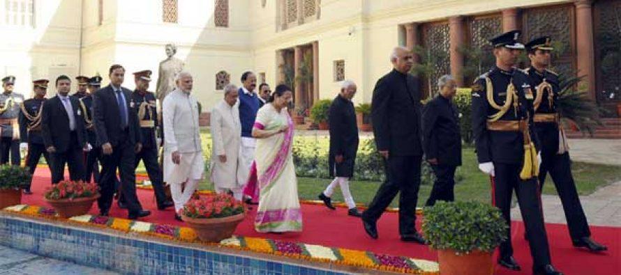 President, Pranab Mukherjee, the Vice President, Mohd. Hamid Ansari, the Prime Minister, Narendra Modi