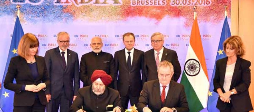Prime Minister, Narendra Modi at the signing of loan agreement for Lucknow Metro with European Investment Bank, in Brussels, Belgium