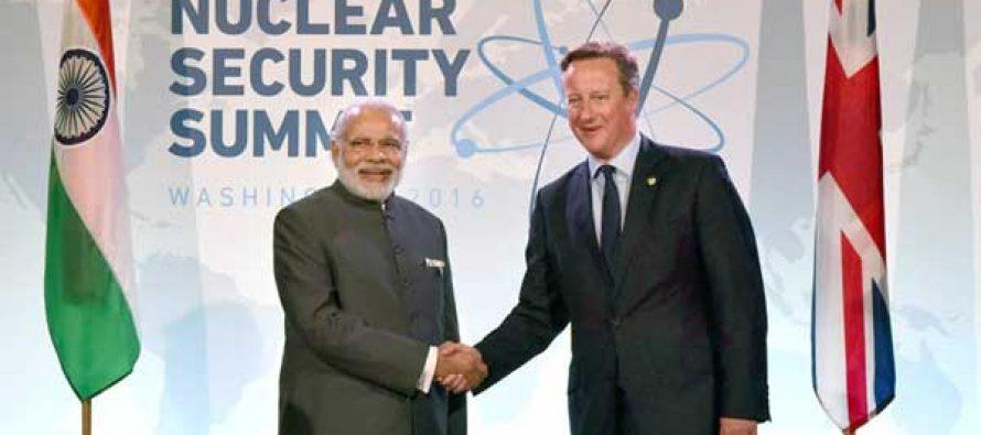 The Prime Minister, Narendra Modi meeting the Prime Minister of United Kingdom (UK), David Cameron
