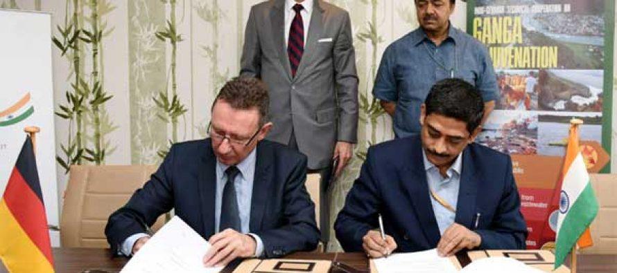 Secretary, Ministry of Water Resources, River Development and Ganga Rejuvenation, Shashi Shekhar and the German Ambassador to India,