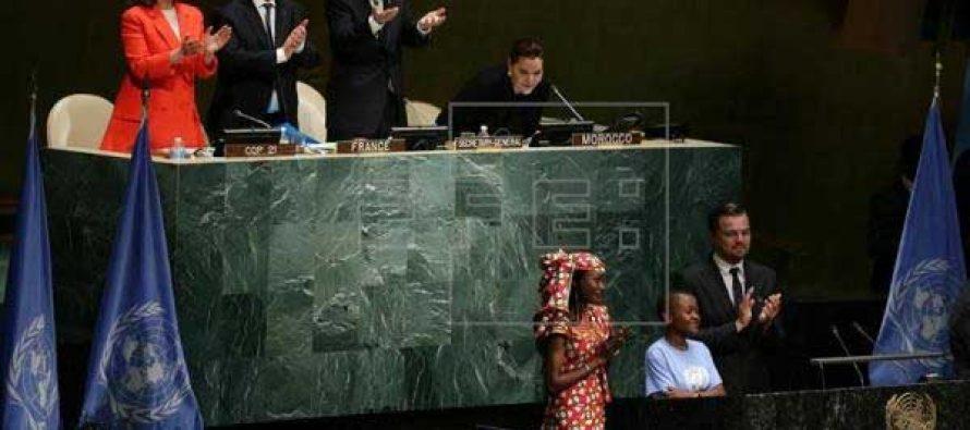 175 nations at UN sign Paris Climate Change Agreement