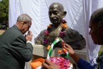 President of India, Pranab Mukherjee, paying floral tributes on the statue of Mahatma Gandhi during his visit to University of Papa New Guinea (UPNG) at Port Moresby in Papua New Guinea