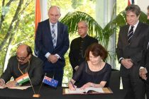 President, Pranab Mukherjee and the Minister for Nursery and Economic Development of New Zealand, Steven Joyce