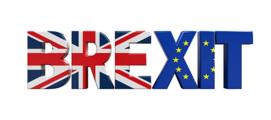 EU referendum: 'Leave' vote edges ahead, pound falls sharply