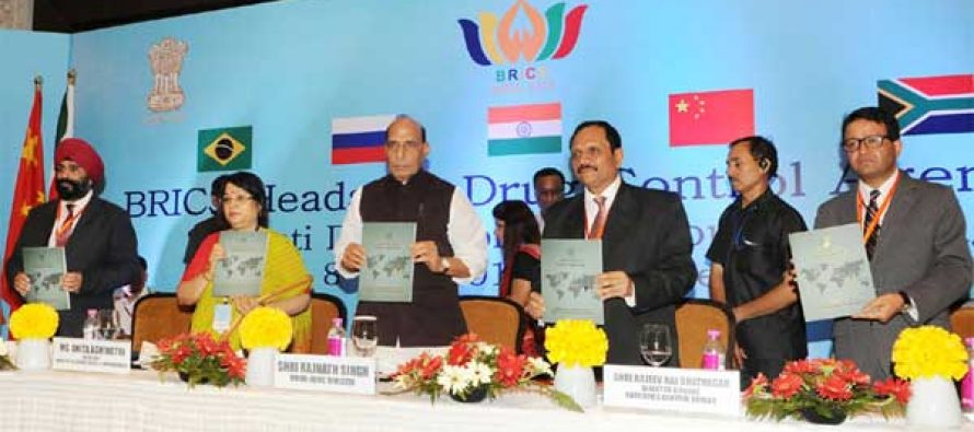 Home Minister, Rajnath Singh releasing the publication at the inauguration of the BRICS Heads of Drug Control Agencies