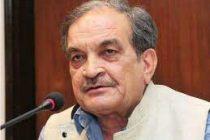 Steel Minister Birender Singh commends steel workers