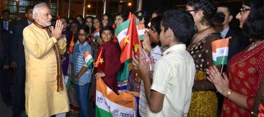 Prime Minister, Narendra Modi being accorded a warm welcome by the children on his arrival, at Hanoi, Vietnam
