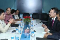 Foreign Minister of Nepal, Dr. Prakash Sharan Mahat meeting the MoS for Power, Coal, New and Renewable Energy and Mines