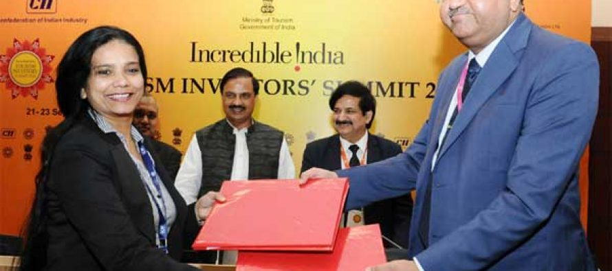 MoS for Culture and Tourism (Independent Charge), Dr. Mahesh Sharma witnessing the exchange of MoUs
