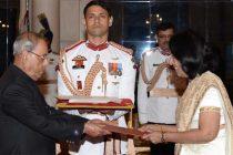 High Commissioner-designate of Sri Lanka, Chitraganee Wagisewara presenting her credentials to the President, Pranab Mukherjee