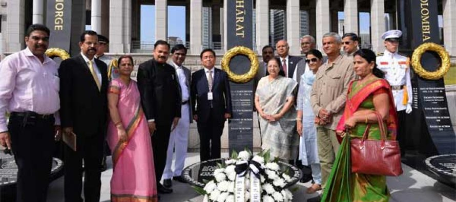 Indian Parliamentary Delegation led by Lok Sabha Speaker Sumitra Mahajan visits National War Memorial, Seoul (Korea).