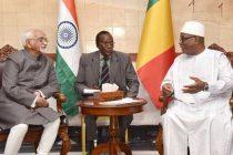 Vice President, M. Hamid Ansari calling on the President of Mali, Ibrahim Boubacar Keita, in Bamako, Mali