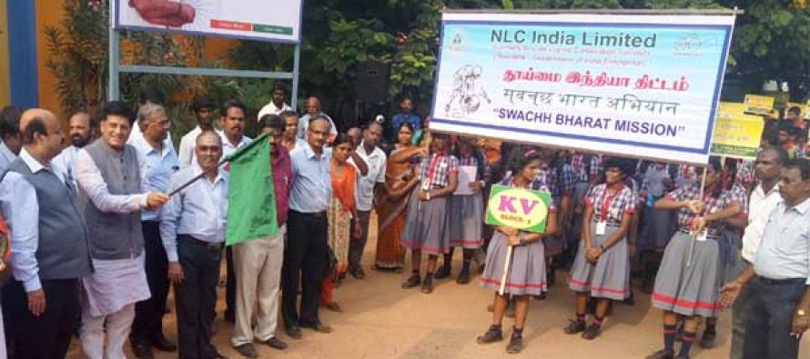 MoS for Power, Coal, New and Renewable Energy and Mines (IC), Piyush Goyal flagging off the students' rally at Neyveli Lignite Corporation