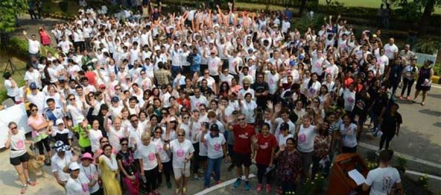 Diplomats, students and community leaders  Run for Her in Delhi