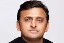UP CM Akhilesh sacks Shivpal, three other ministers