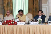Dharmendra Pradhan, MoS(IC), MoP&NG, reviews preparations for PETROTECH-2016 at Core Group meeting
