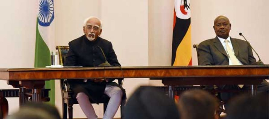 Vice President, M. Hamid Ansari and the President of Uganda, Yoweri Museveni making joint press statement