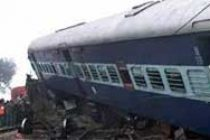 Mahakaushal Express derails in UP