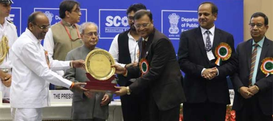 IndianOil Chairman bags SCOPE Special Commendation Award