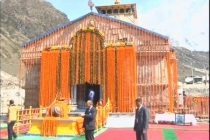 PM first to offer prayer as Kedarnath shrine opens