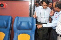 Prabhu inspects Tejas Express before it zips from Mumbai to Goa