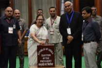 Lok Sabha Speaker, Sumitra Mahajan casting her vote for the Presidential Election – 2017 in Parliament House