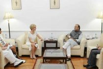 Minister for Foreign Affairs of Australia, Julie Bishop meeting the Minister for Finance, Corporate Affairs and Defence, Arun Jaitley