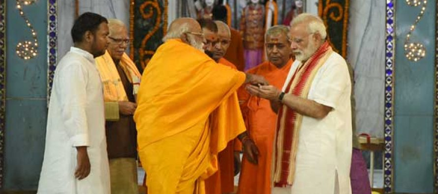 Modi offers prayers at Tulsi Manas, Durga Kund temples in Varanasi
