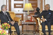 The Chief Executive of Afghanistan, Abdullah Abdullah calls on the President, Ram Nath Kovind, at Rashtrapati Bhavan