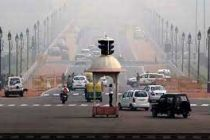 Shallow fog, 'very poor' air covers Delhi